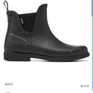 New Tretorn Rainboots- Black